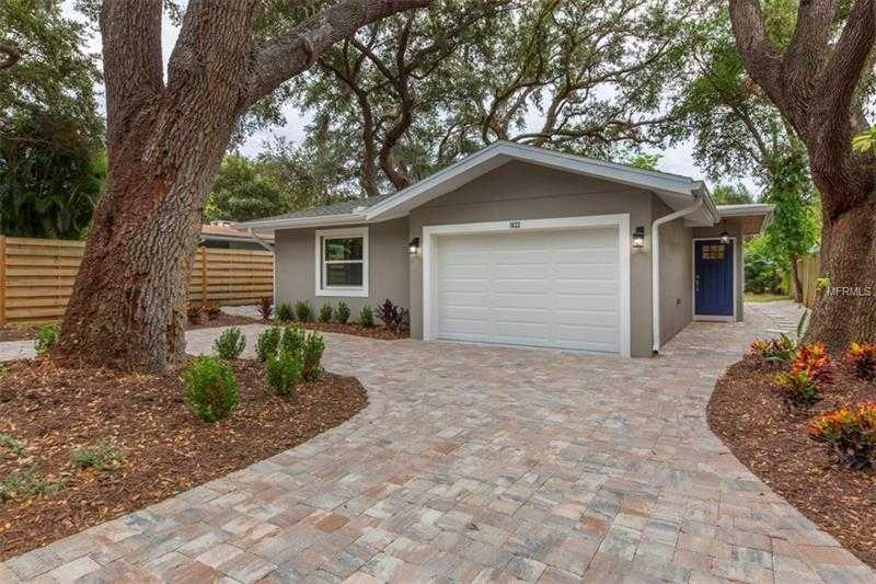 $619,000 - 3Br/2Ba -  for Sale in Bayview, Sarasota