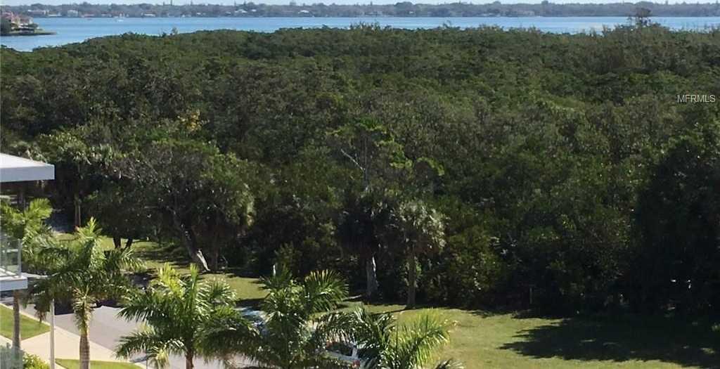 $620,000 - 2Br/2Ba -  for Sale in Lido Surf & Sand, Sarasota