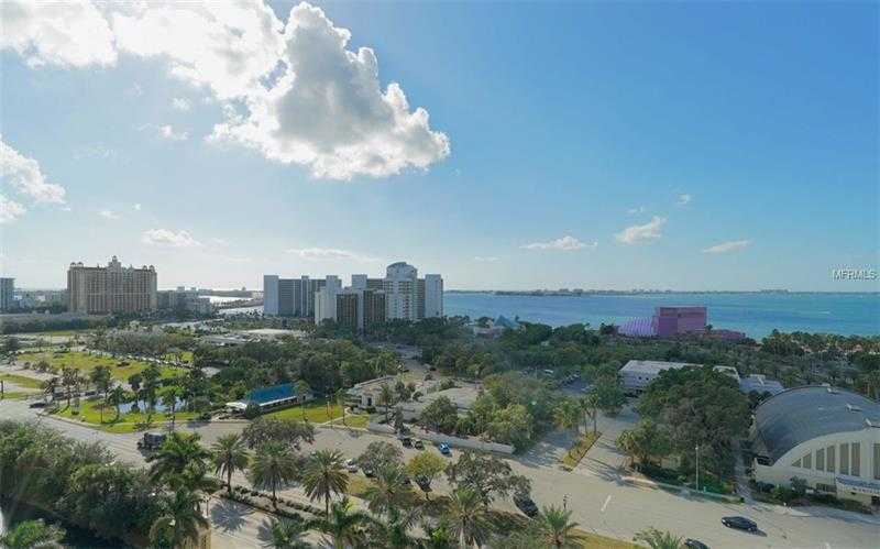 $479,900 - 1Br/2Ba -  for Sale in Alinari, Sarasota