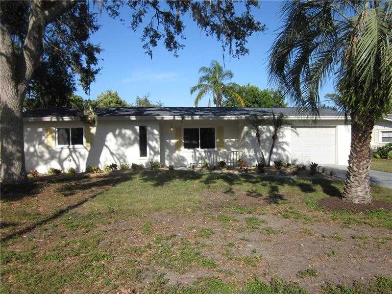 $306,000 - 2Br/2Ba -  for Sale in Shadow Lakes, Sarasota