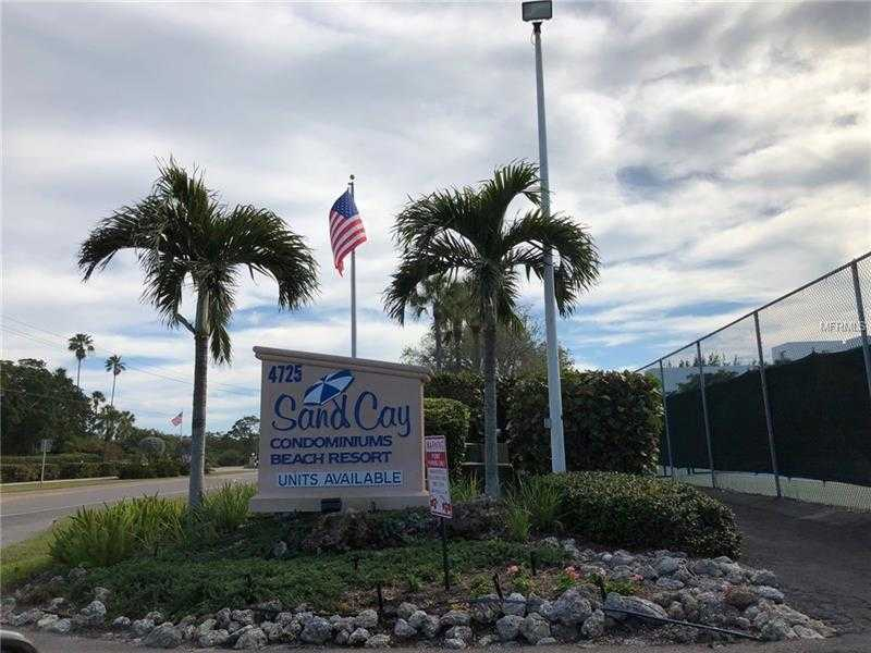 $580,000 - 2Br/2Ba -  for Sale in Sand Cay A Condo, Longboat Key
