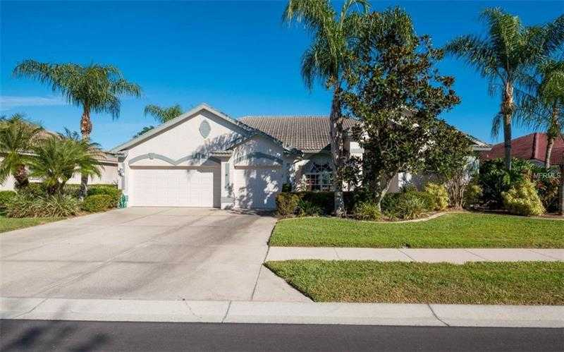 $535,000 - 4Br/3Ba -  for Sale in Heritage Oaks Golf & Country Club, Sarasota