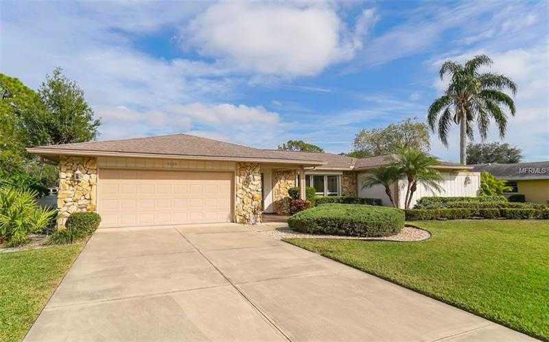 $479,900 - 4Br/4Ba -  for Sale in Meadows The, Sarasota