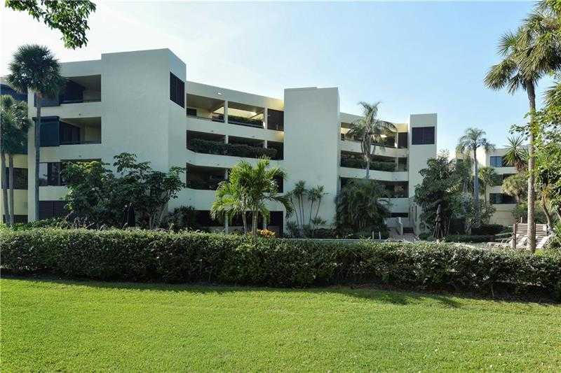 $895,000 - 2Br/2Ba -  for Sale in Longboat Cove, Longboat Key