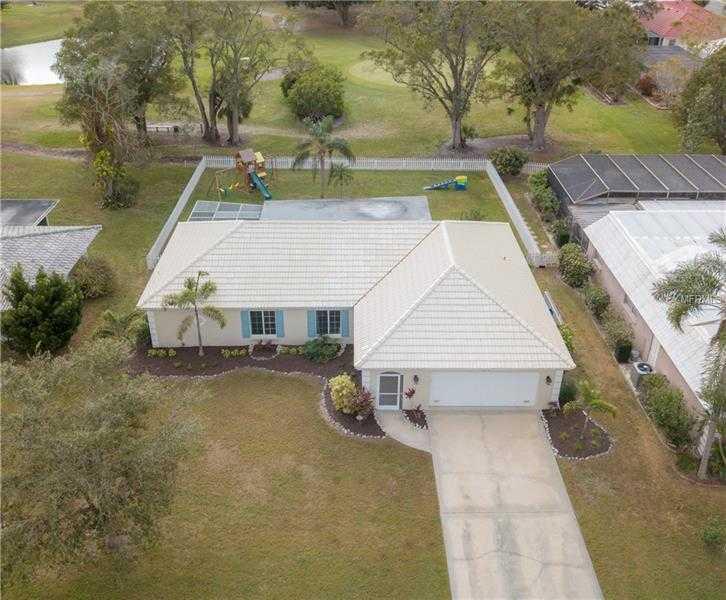 $309,900 - 2Br/2Ba -  for Sale in Village Green Club Estates, Sarasota