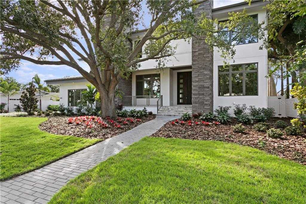 $3,450,000 - 5Br/7Ba -  for Sale in Sunset Park Isles Un 4, Tampa
