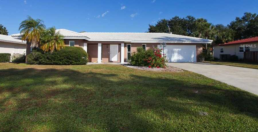 $309,900 - 2Br/2Ba -  for Sale in Forest Lakes Country Club Ests Unit 6, Sarasota