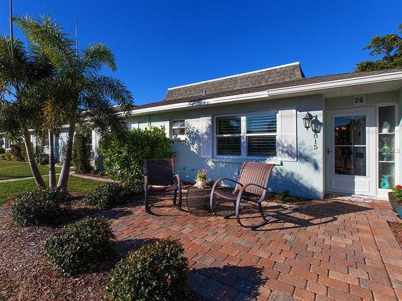 $224,900 - 2Br/2Ba -  for Sale in Beach Manor Villas South, Venice