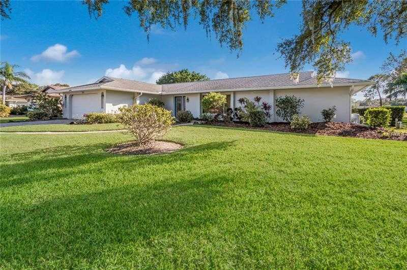 $360,000 - 3Br/3Ba -  for Sale in Meadows The, Sarasota
