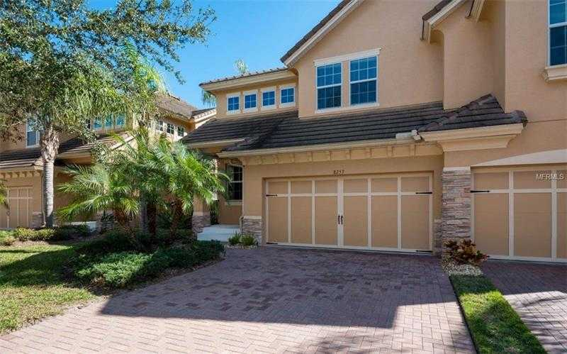 $300,000 - 3Br/3Ba -  for Sale in Sonoma Ph I, Sarasota