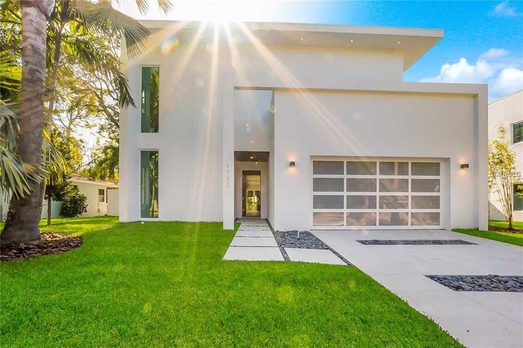 $1,949,500 - 5Br/4Ba -  for Sale in Shoreland Woods Sub, Sarasota