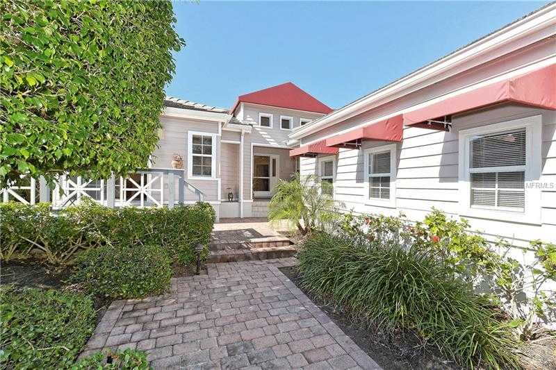 $599,000 - 2Br/2Ba -  for Sale in Winding Oaks, Longboat Key