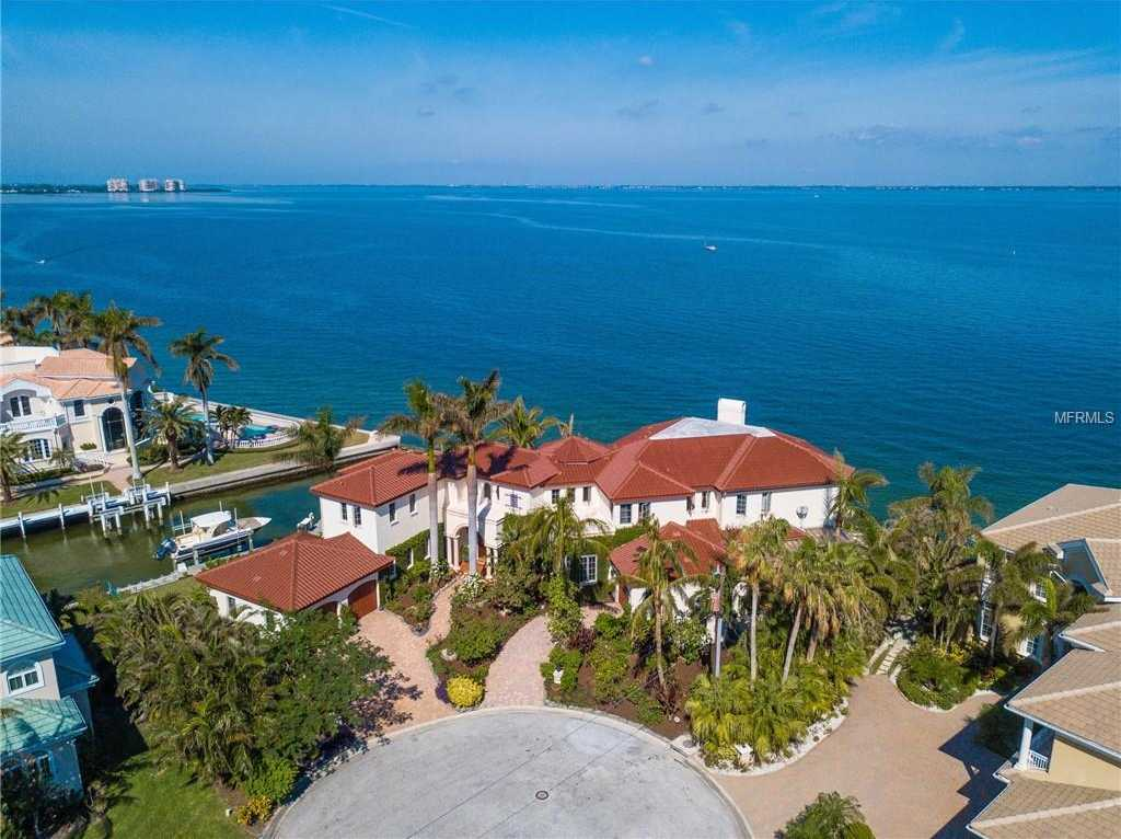 $5,850,000 - 4Br/5Ba -  for Sale in Country Club Shores, Longboat Key