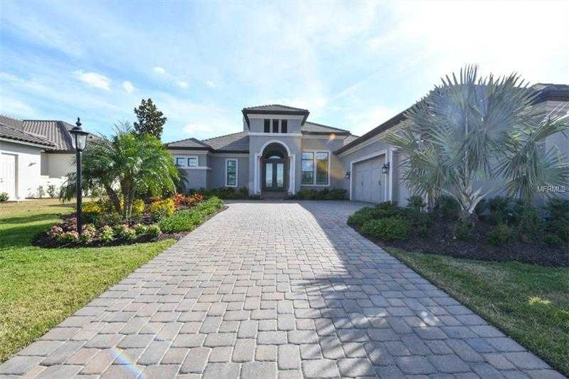 $1,295,000 - 3Br/3Ba -  for Sale in Country Club East At Lakewood Ranch Sp V, Lakewood Ranch