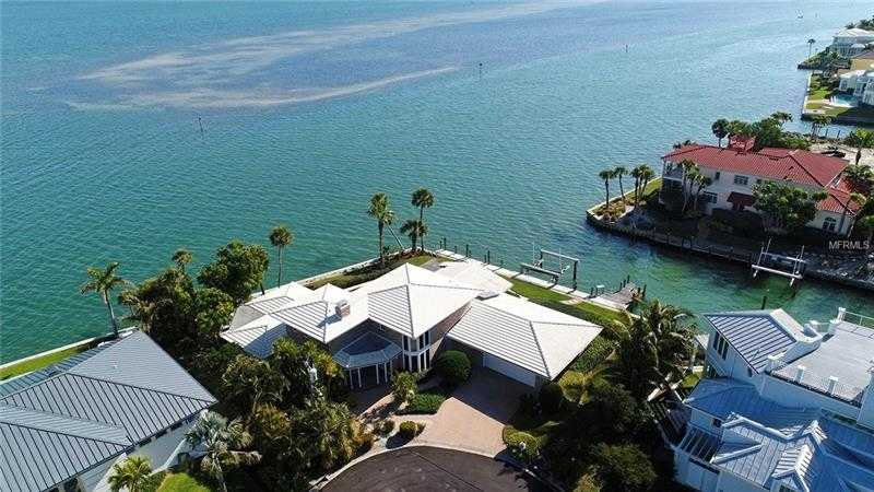 $2,895,000 - 4Br/4Ba -  for Sale in Country Club Shores Sec 02, Longboat Key