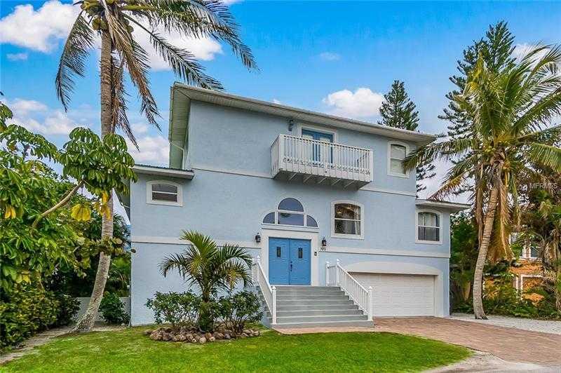 $1,495,000 - 4Br/4Ba -  for Sale in Ilexhurst, Bradenton Beach