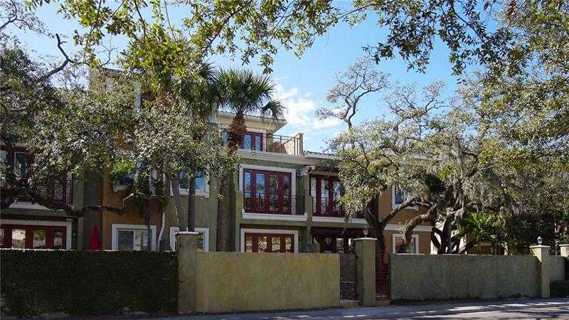 $850,000 - 3Br/4Ba -  for Sale in Asbury Park Villas & Twnhs, Tampa