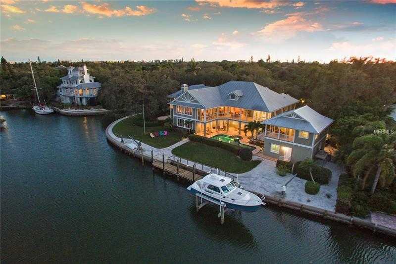 $3,700,000 - 4Br/4Ba -  for Sale in Hidden Harbor, Sarasota