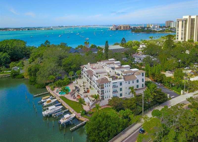 $1,949,000 - 3Br/3Ba -  for Sale in Hudson Crossing, Sarasota