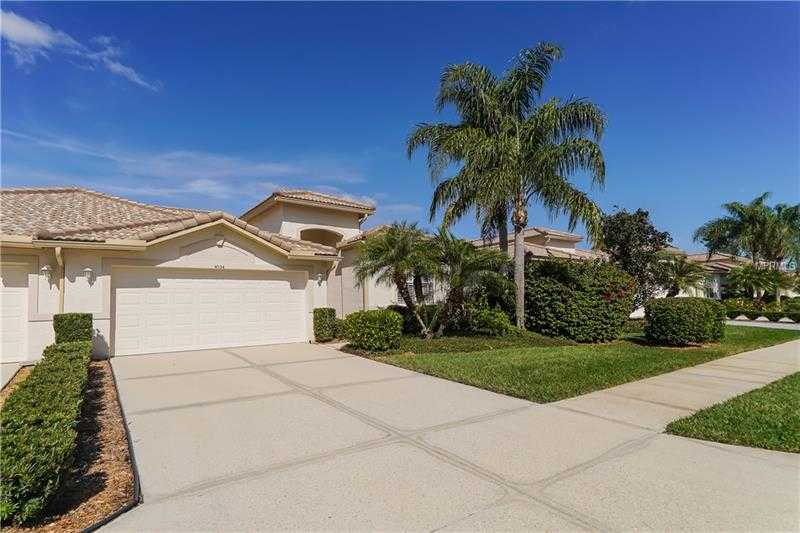 $395,000 - 2Br/2Ba -  for Sale in Heritage Oaks Golf & Country Club, Sarasota