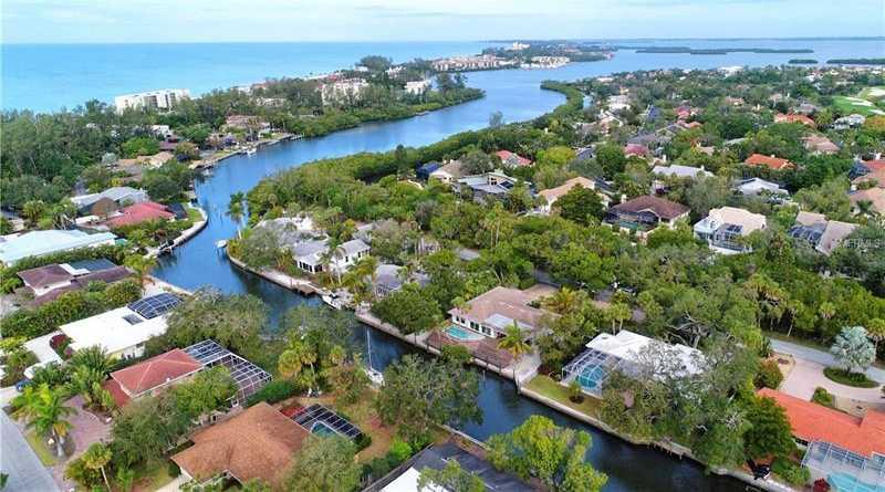 $829,000 - 3Br/2Ba -  for Sale in Longboat Shores, Longboat Key