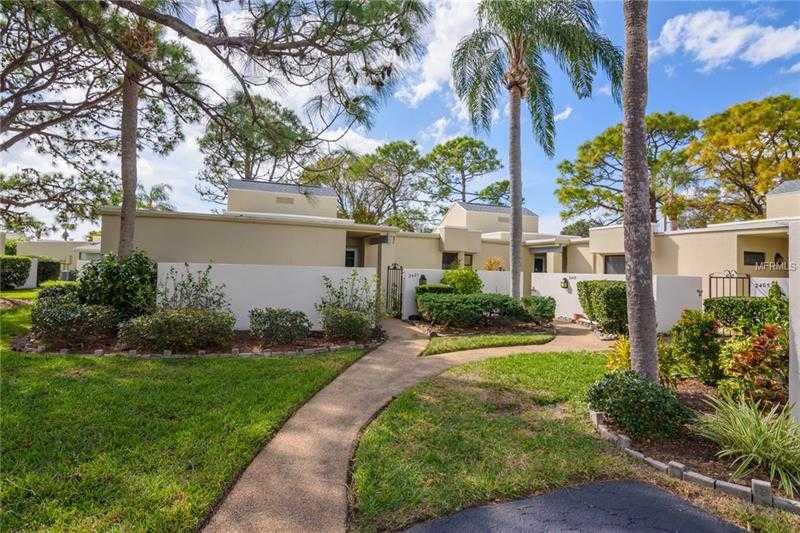 $189,000 - 2Br/2Ba -  for Sale in Meadowlake Ii, Sarasota