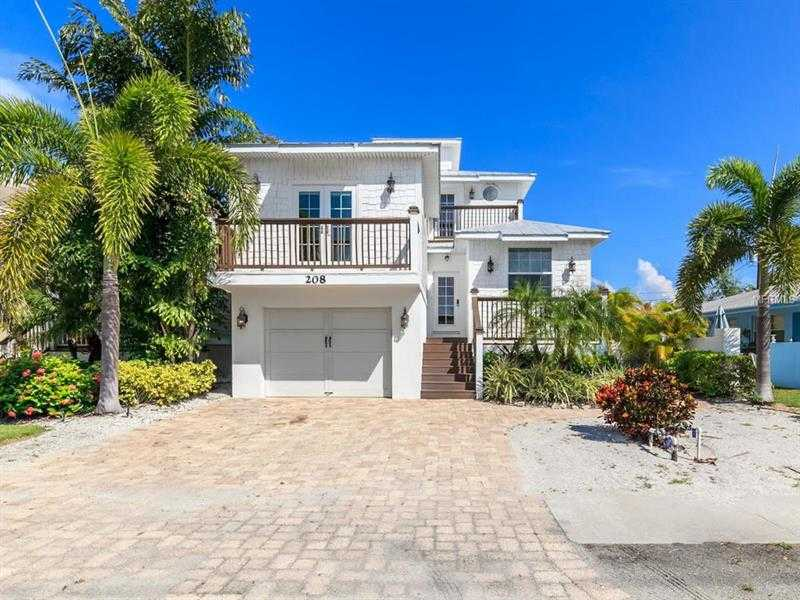 $1,500,000 - 5Br/3Ba -  for Sale in 66th St Coastal Cottages Ii Or2378/2687, Holmes Beach