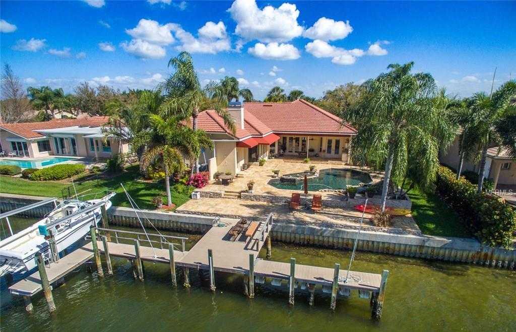 $1,399,000 - 4Br/3Ba -  for Sale in Venetian Isles, St Petersburg