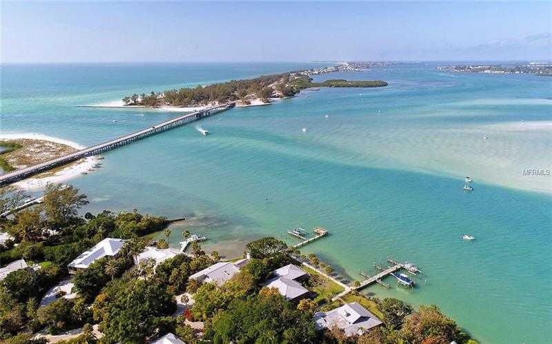 $749,000 - 3Br/3Ba -  for Sale in Lands End, Longboat Key