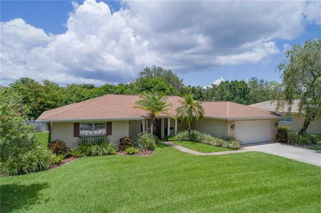 $450,000 - 3Br/3Ba -  for Sale in Barcley Estates 5th Add, St Petersburg