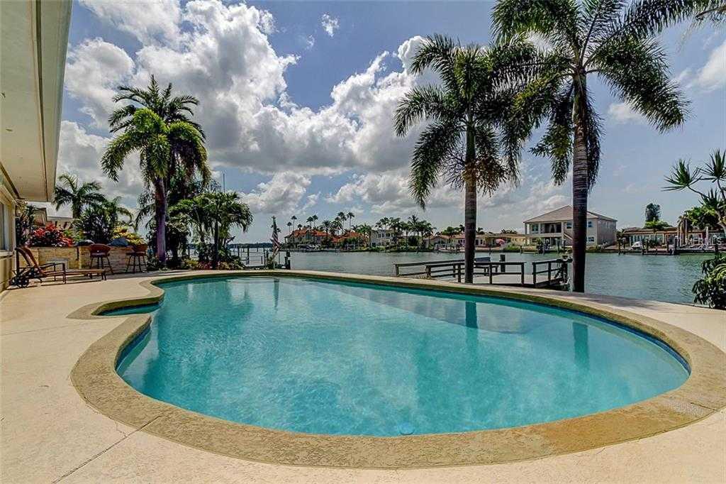 $960,000 - 3Br/2Ba -  for Sale in Capri Isle, Treasure Island
