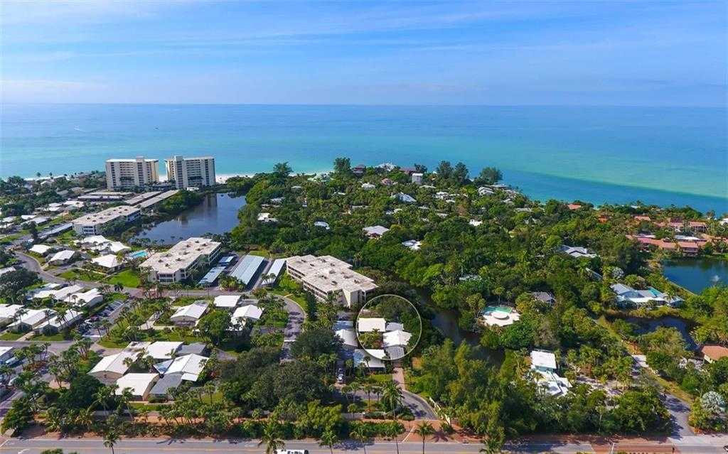 $529,000 - 3Br/2Ba -  for Sale in Whispering Sands, Sarasota