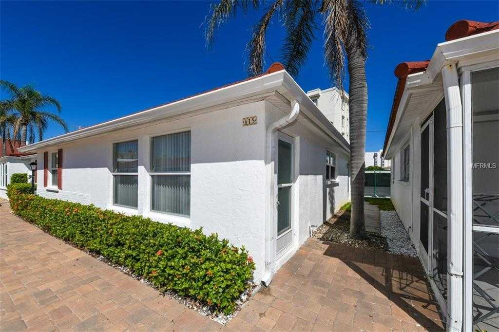 $574,900 - 2Br/2Ba -  for Sale in Casa Blanca Villas, Sarasota