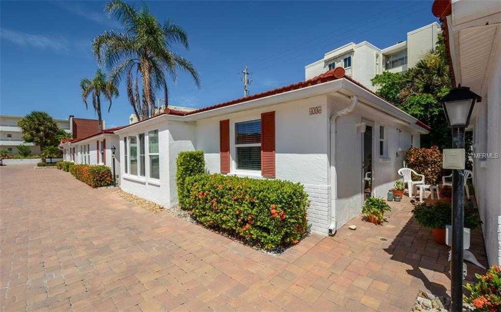 $549,000 - 2Br/2Ba -  for Sale in Casa Blanca Villas, Sarasota