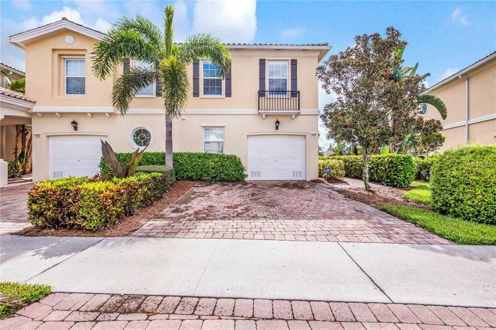 $305,000 - 3Br/3Ba -  for Sale in Isles Of Sarasota, Sarasota