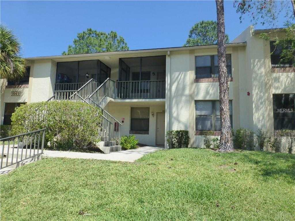 - 2Br/2Ba -  for Sale in Club At Feather Sound The Condo, Clearwater