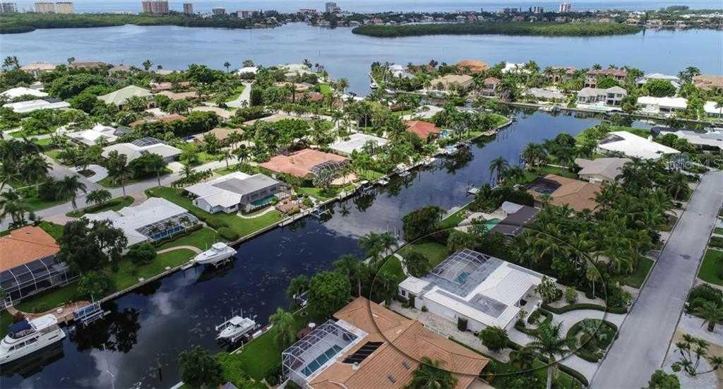 $1,475,000 - 4Br/3Ba -  for Sale in Bird Key Sub, Sarasota