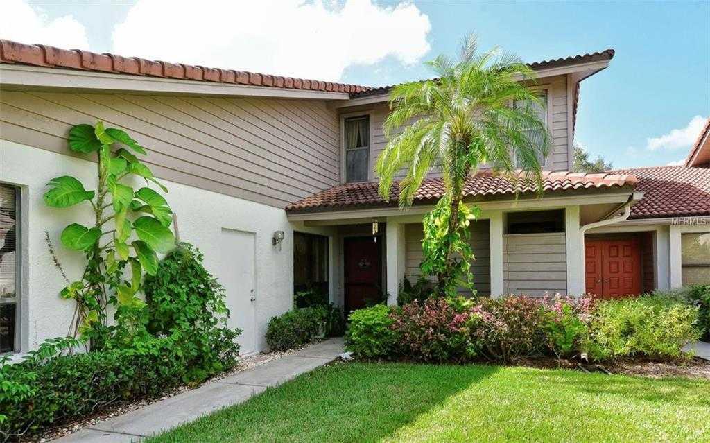 $320,000 - 3Br/3Ba -  for Sale in Lakeshore Village, Sarasota