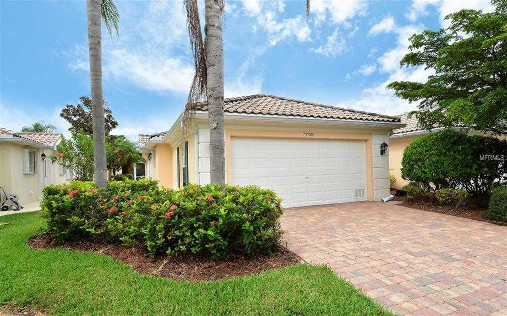 $316,900 - 2Br/2Ba -  for Sale in Villagewalk, Sarasota