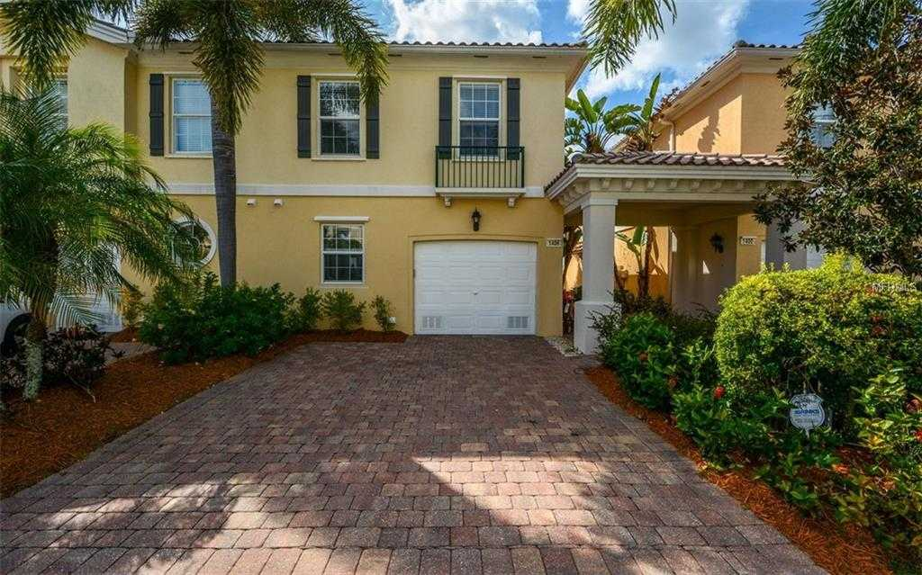 $303,900 - 3Br/3Ba -  for Sale in Isles Of Sarasota, Sarasota