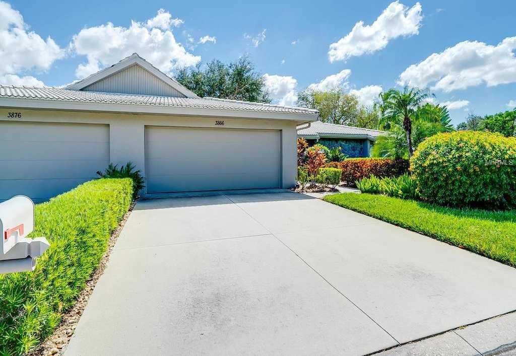 $305,000 - 2Br/2Ba -  for Sale in Lakeshore Village South, Sarasota