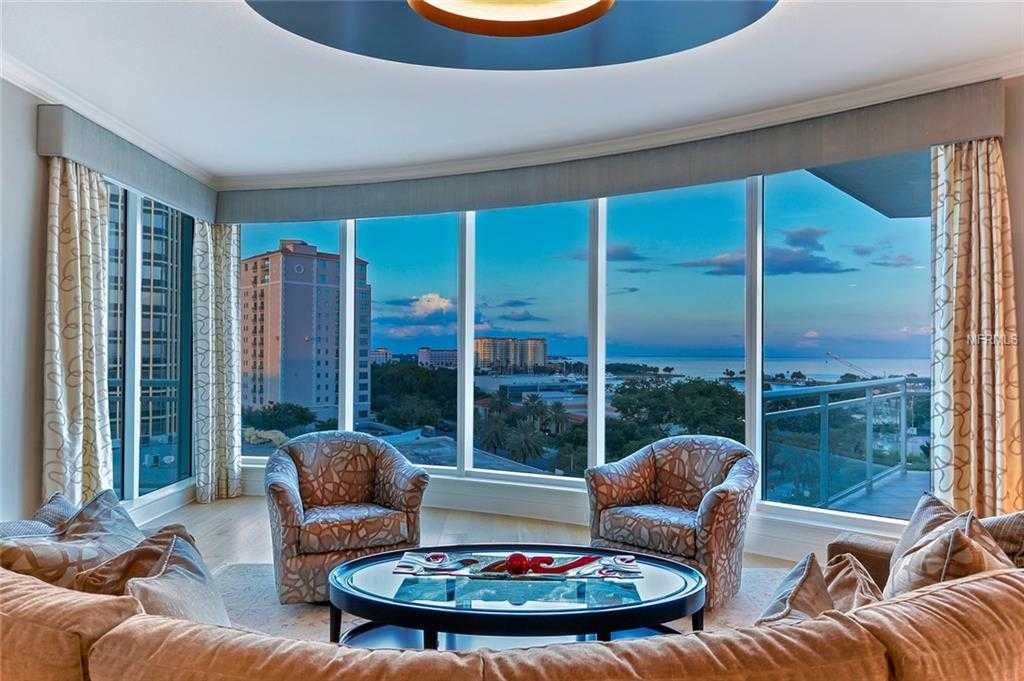 $3,000,000 - 3Br/4Ba -  for Sale in Ovation Condo, St Petersburg