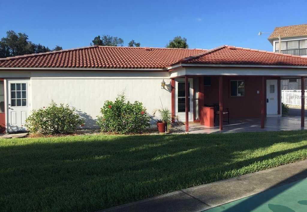 $343,000 - 2Br/2Ba -  for Sale in Vista Hermosa, Sarasota