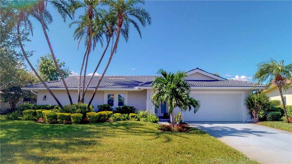 $1,190,000 - 4Br/3Ba -  for Sale in Venetian Isles, St Petersburg