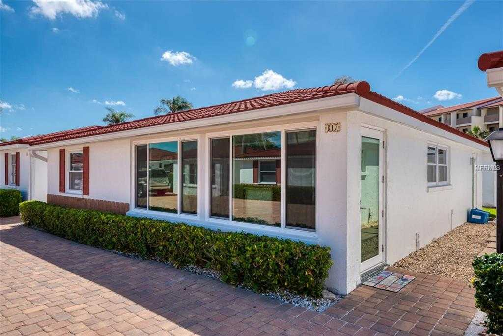 $574,000 - 2Br/2Ba -  for Sale in Casa Blanca Villas, Sarasota
