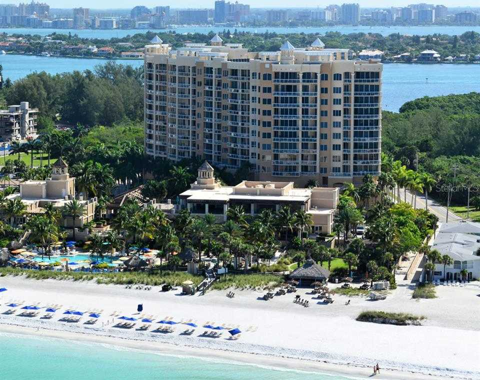 $2,825,000 - 2Br/3Ba -  for Sale in The Beach Residences, Sarasota