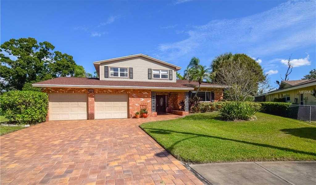 $499,900 - 3Br/3Ba -  for Sale in Seminole Lake Golf & Country Club Estates, Seminole