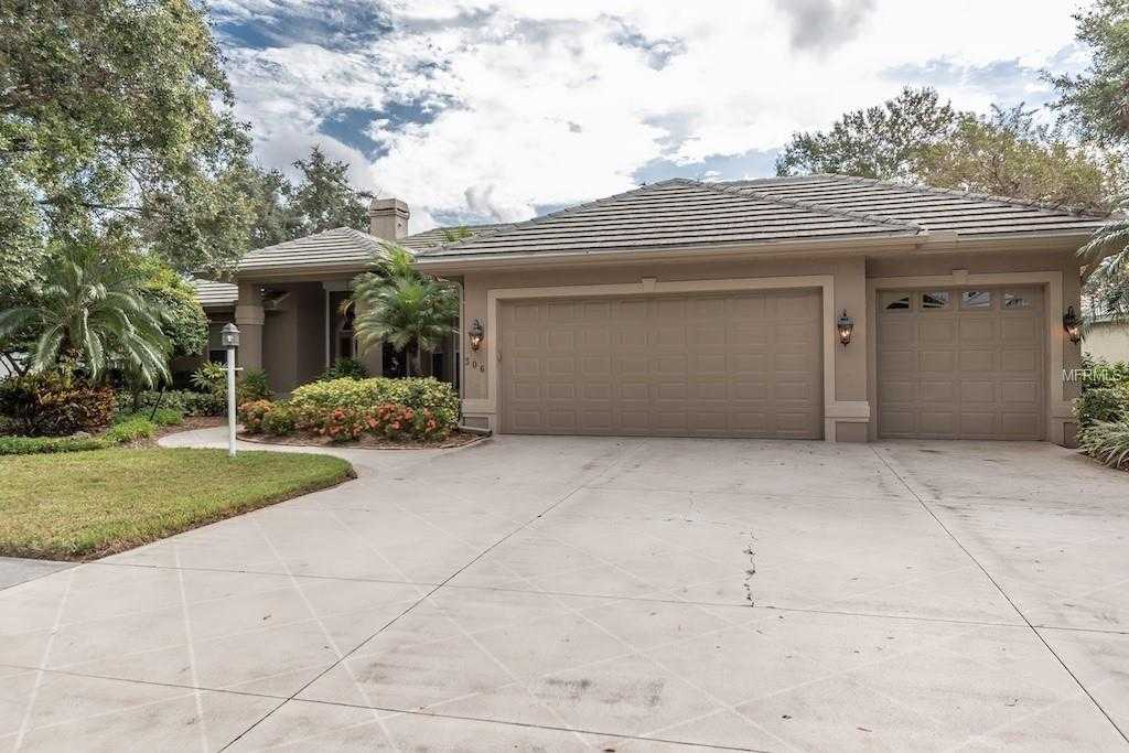 $485,000 - 3Br/3Ba -  for Sale in Venice Golf & Country Club, Venice