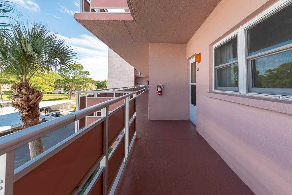 $114,900 - 2Br/2Ba -  for Sale in Five Towns Of St Pete, St Petersburg