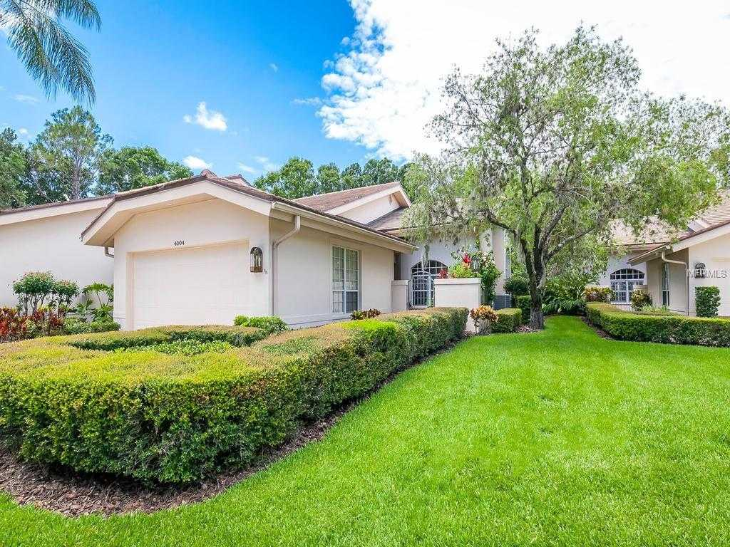 $494,000 - 3Br/3Ba -  for Sale in The Meadows - Penshurst Park, Sarasota
